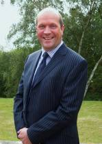 New Consultant boosts team